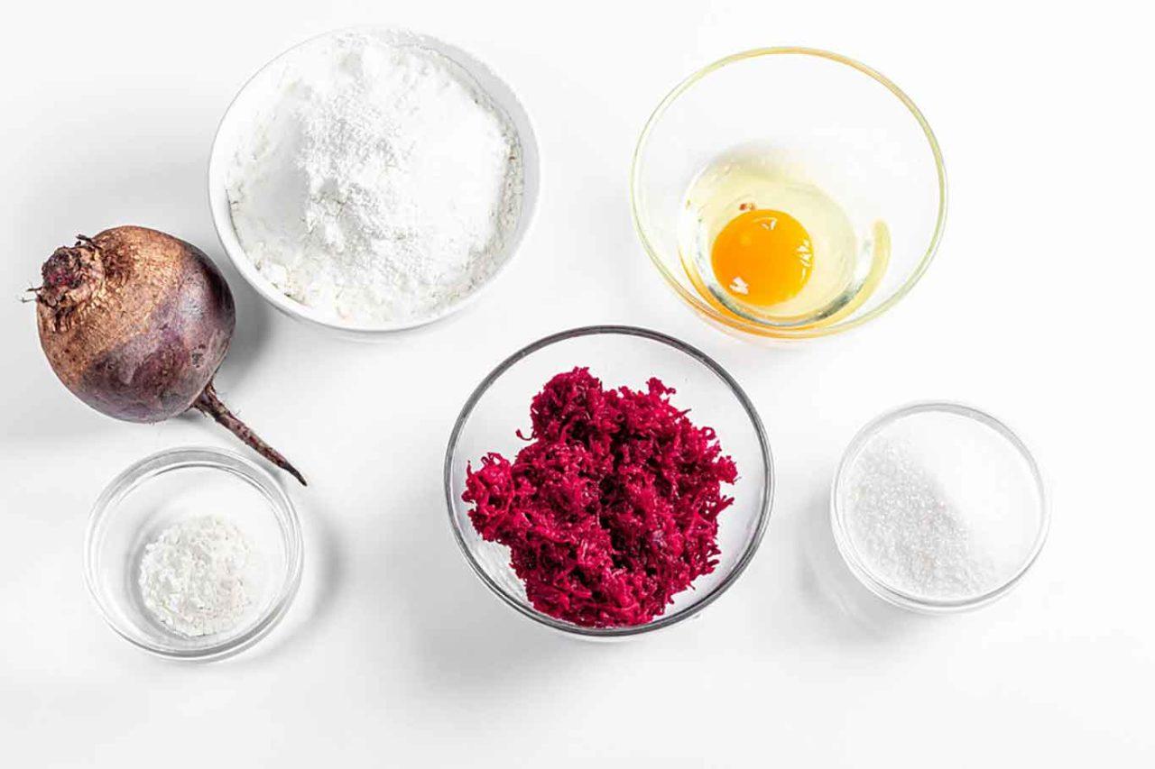 ingredienti per la pasta dei ravioli rosa
