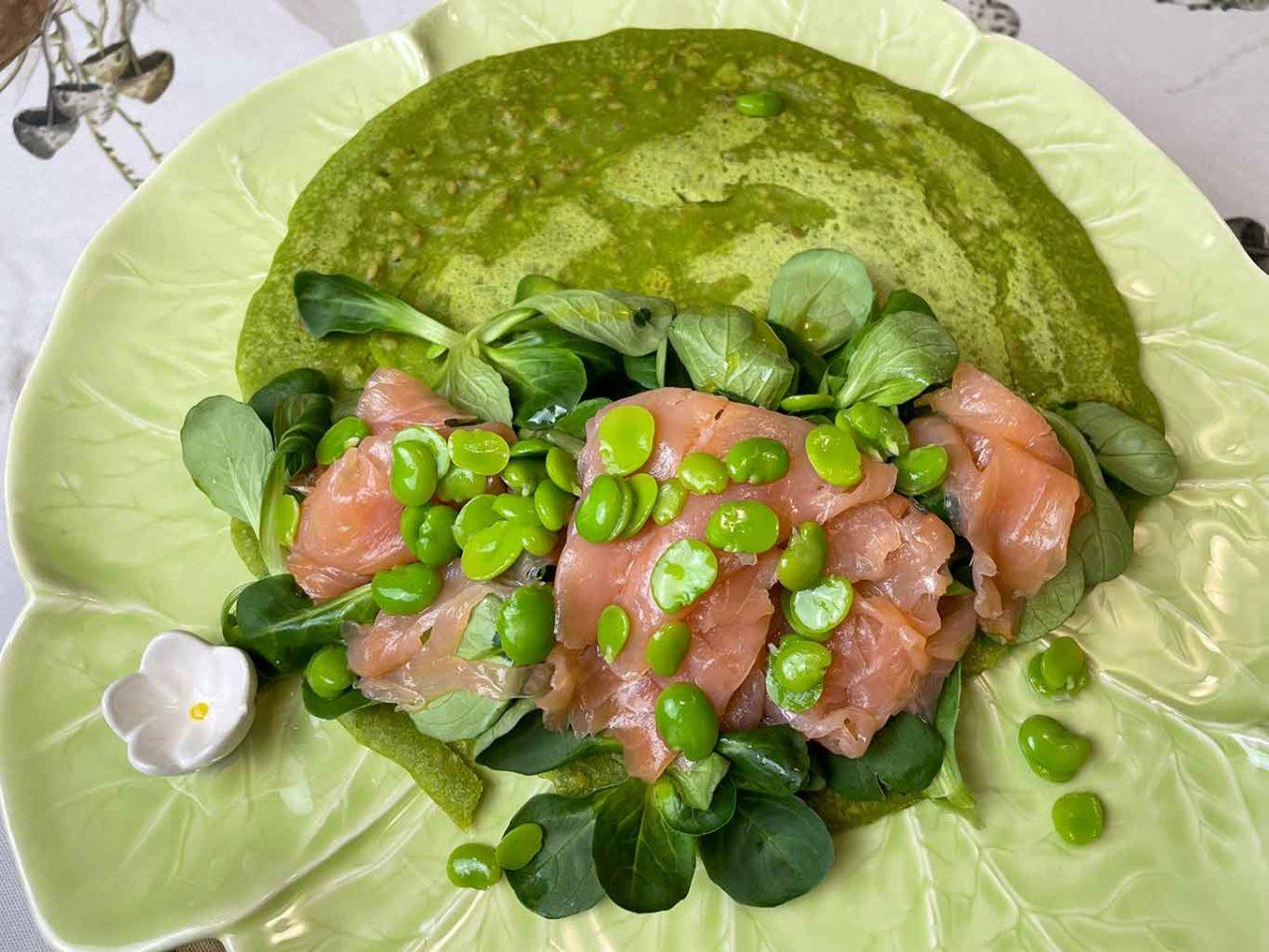 salmone e valeriana per la piadina con la farina di piselli