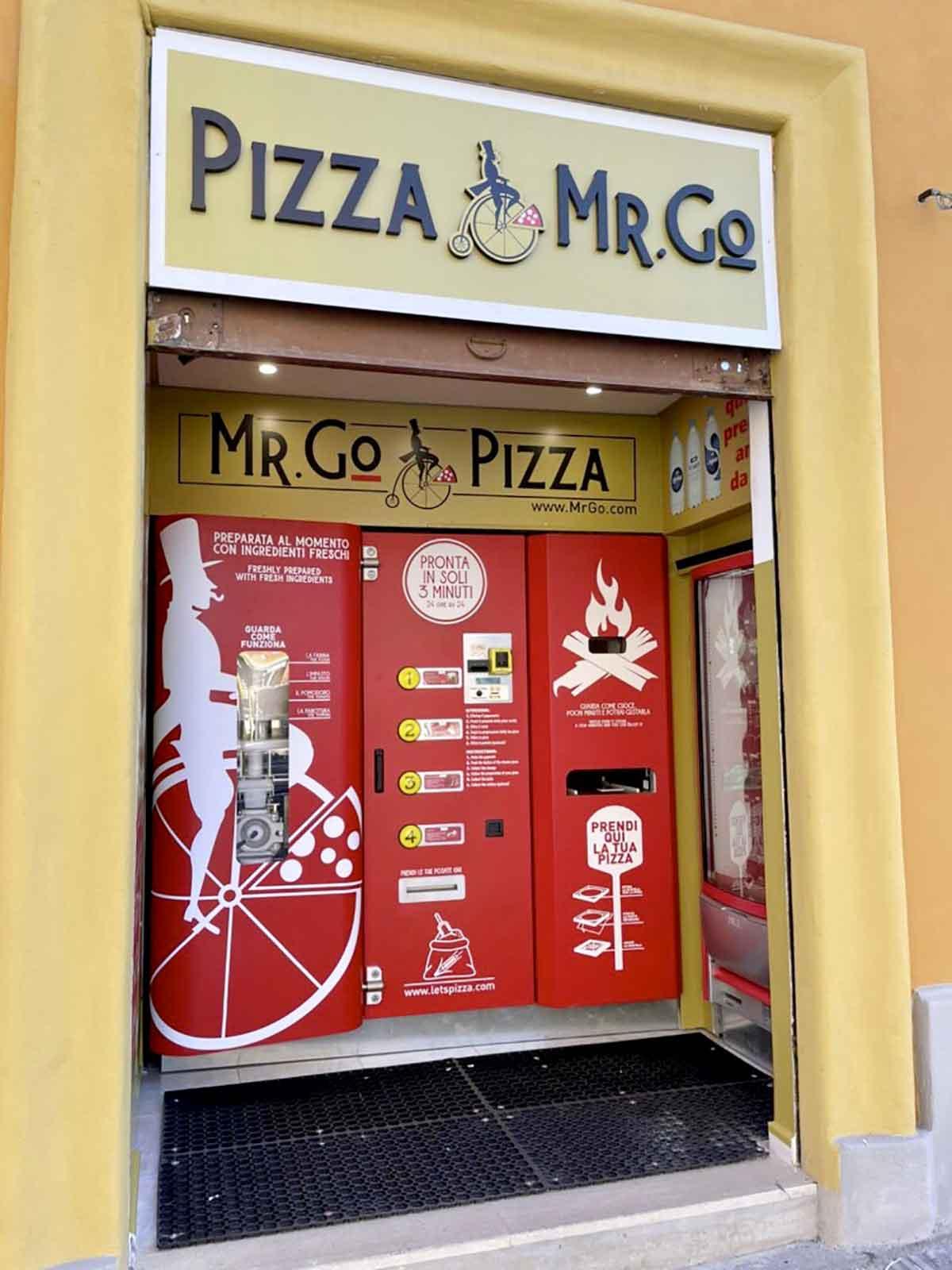 Distributore automatico pizza mr go roma