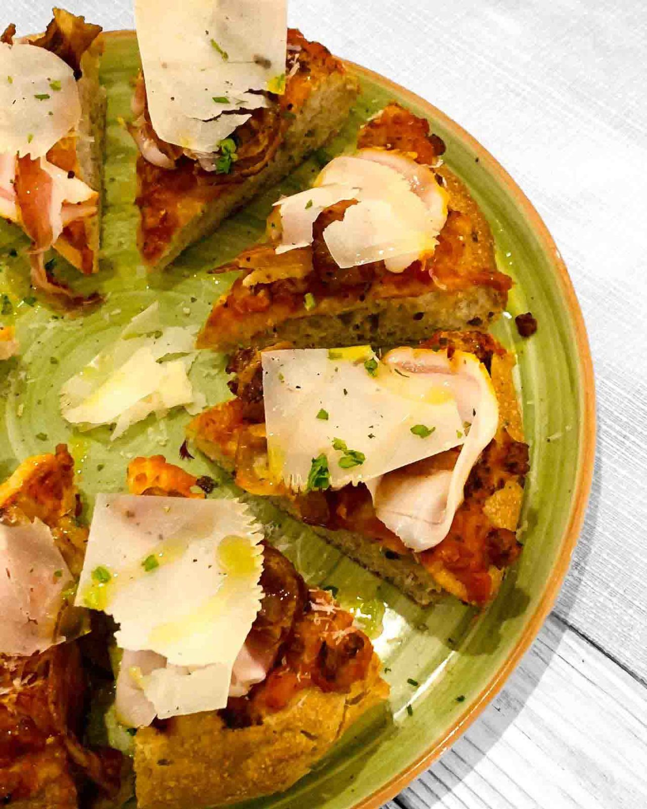 Giangi Pizza e Ricerca pizzeria Abruzzo amatriciana