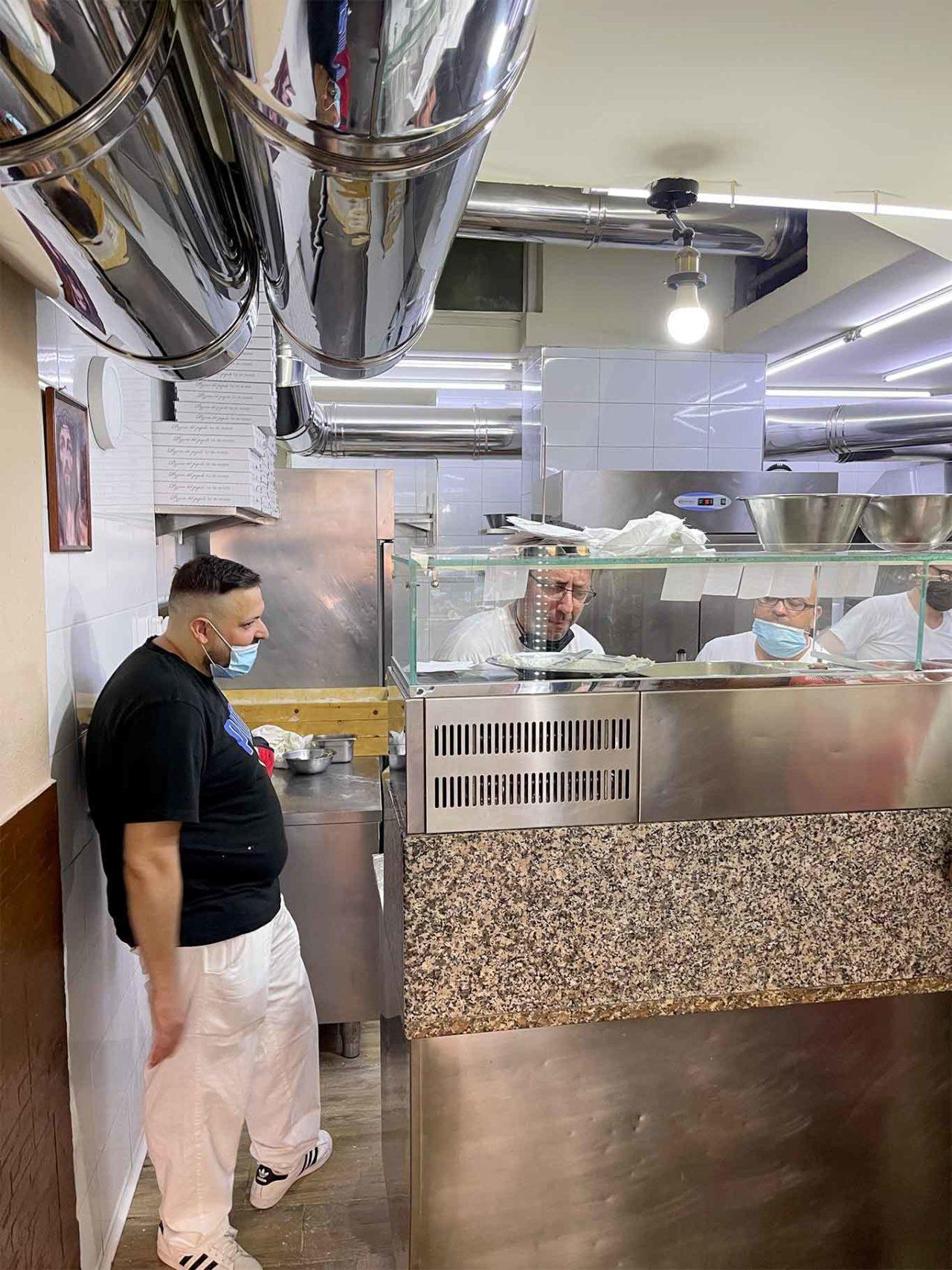 banco Pizzeria del Popolo Napoli