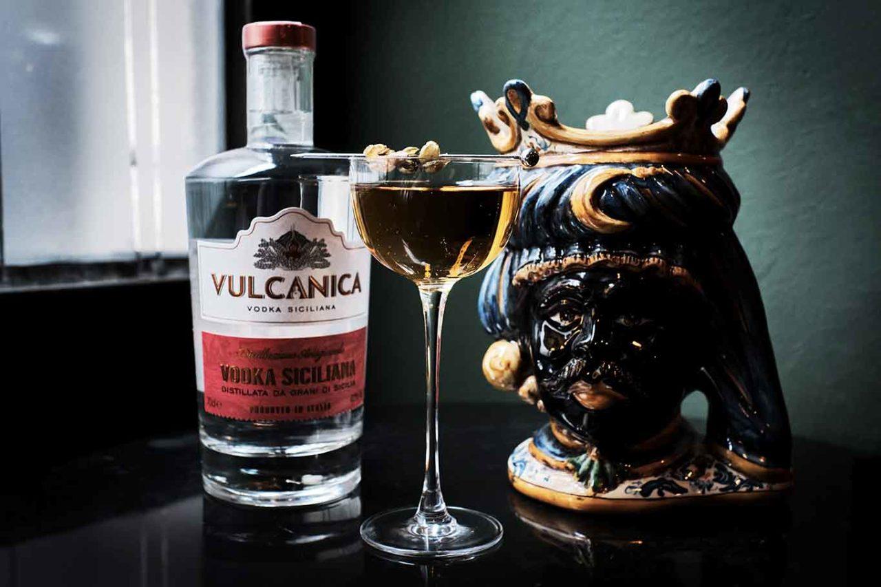 cocktail Sicilian Martini con vodka Vulcanica