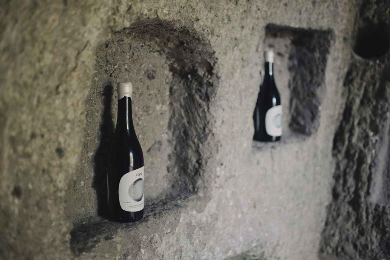 enoz vini cantina a natural born wines