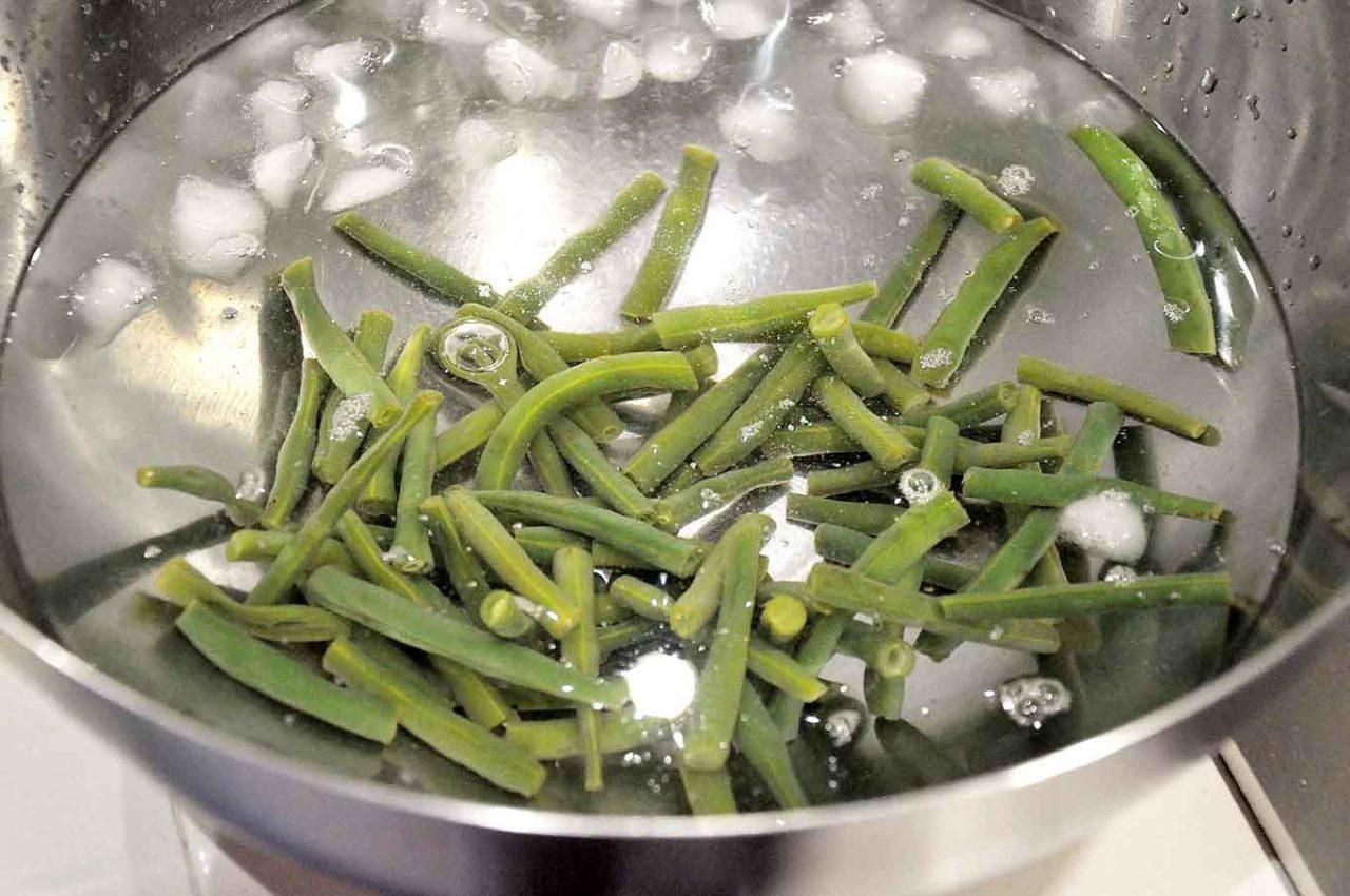 giardiniera fatta in casa scottatura e ghiaccio verdure estive