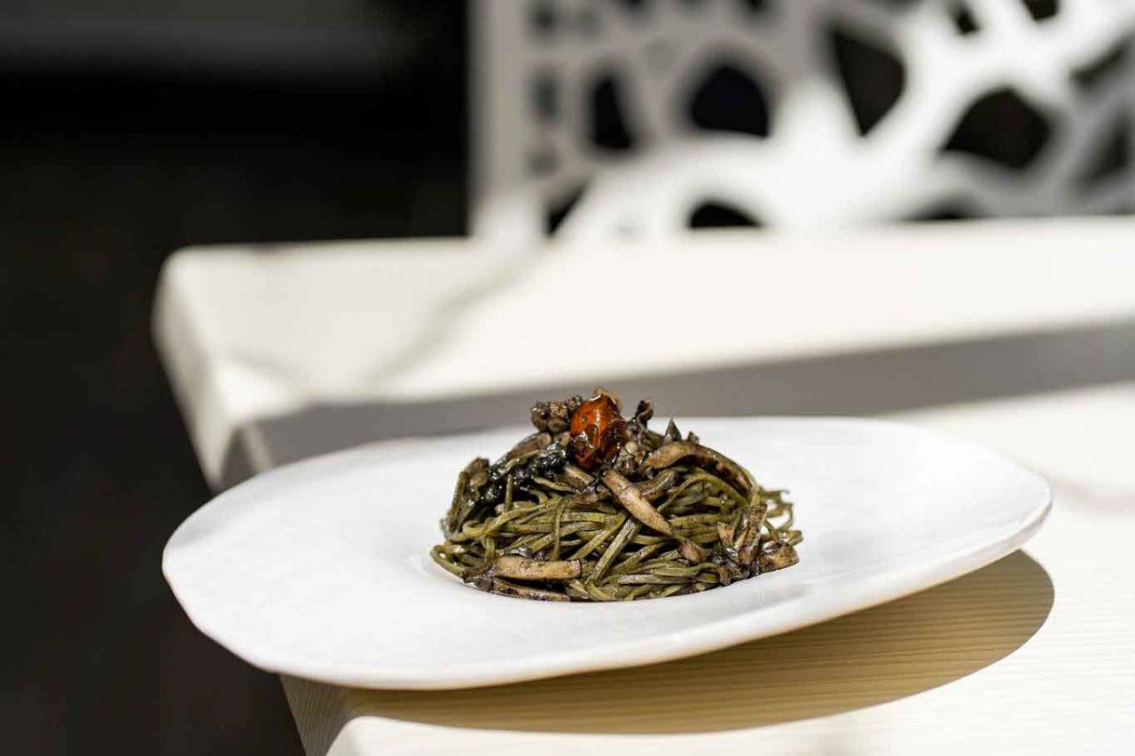 linguine al nero di seppia Punto Loran ristoranti mare Latina