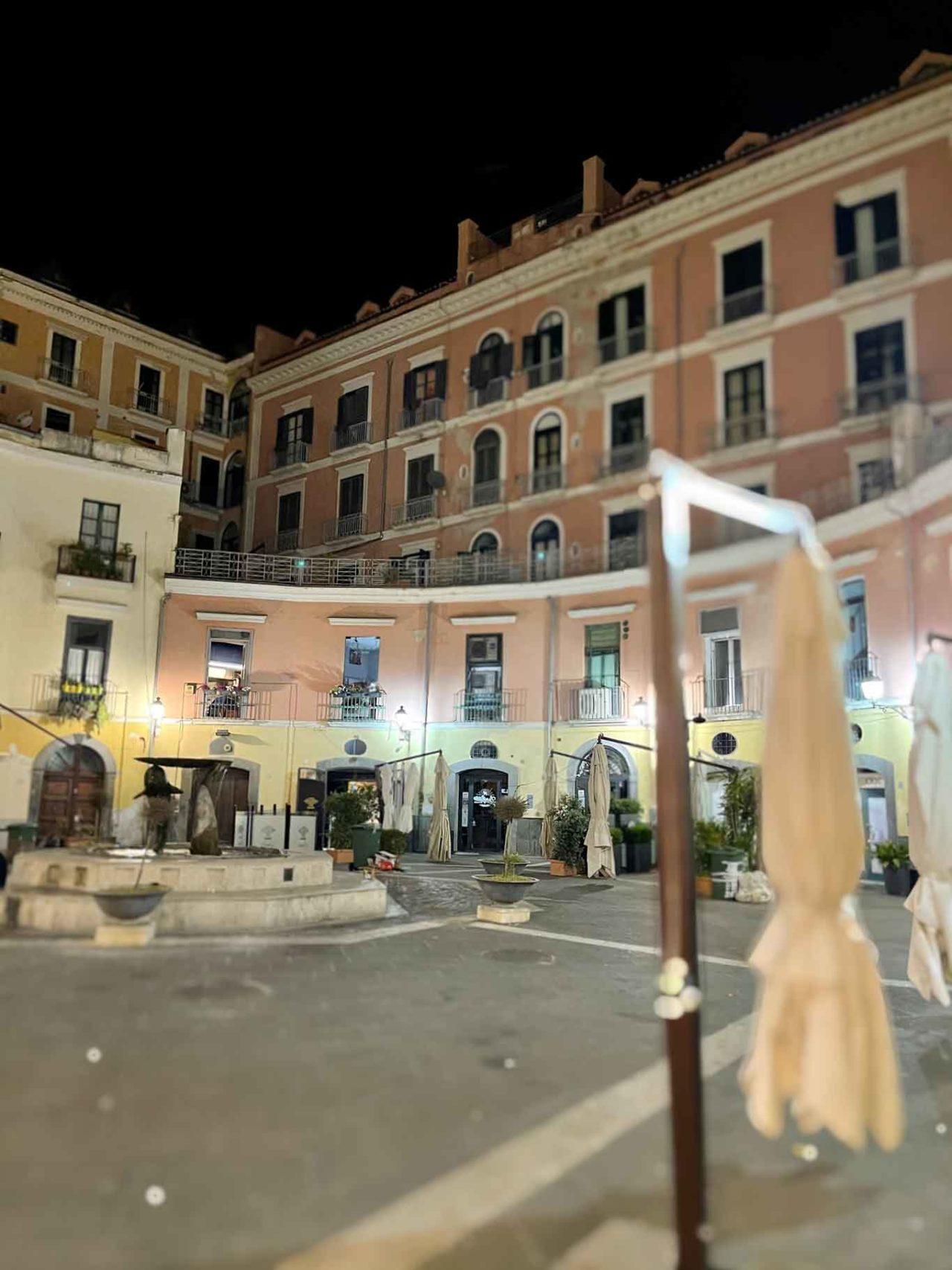 piazza Flavio Gioia Salerno