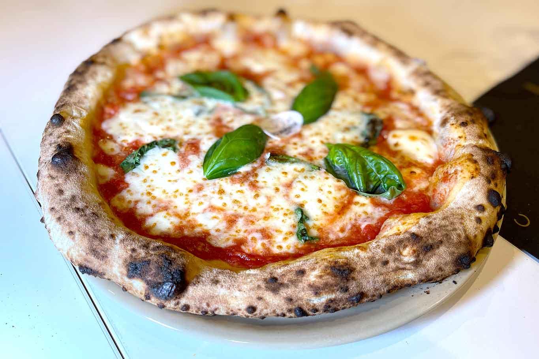 pizzeria Luca Brancaccio Caserta pizza margherita