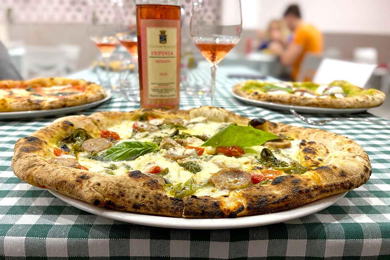pizzeria Pizza Napoletana Napoli Calata Capodichino a Napoli