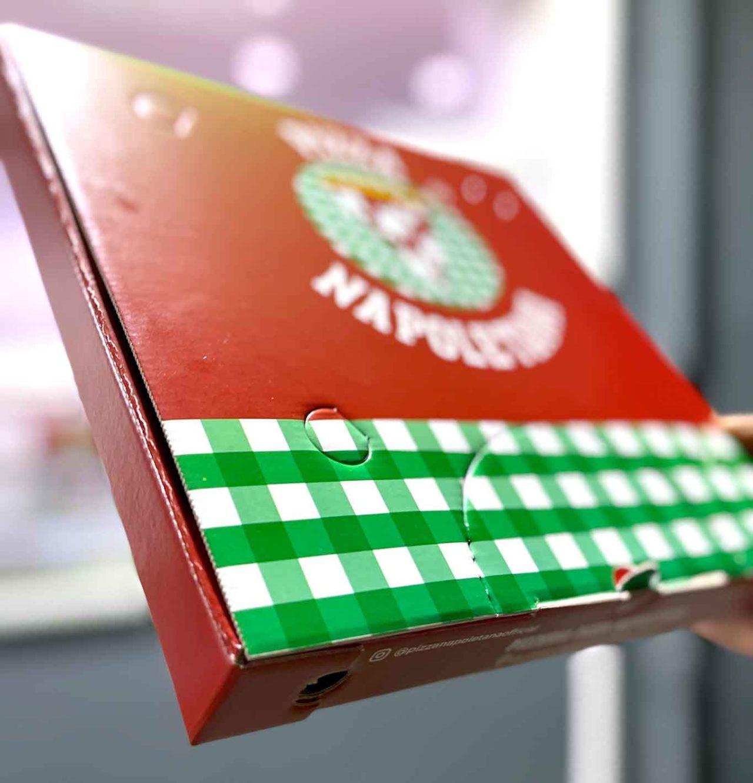 pizzeria Pizza Napoletana Calata Capodichino Napoli cartone asporto