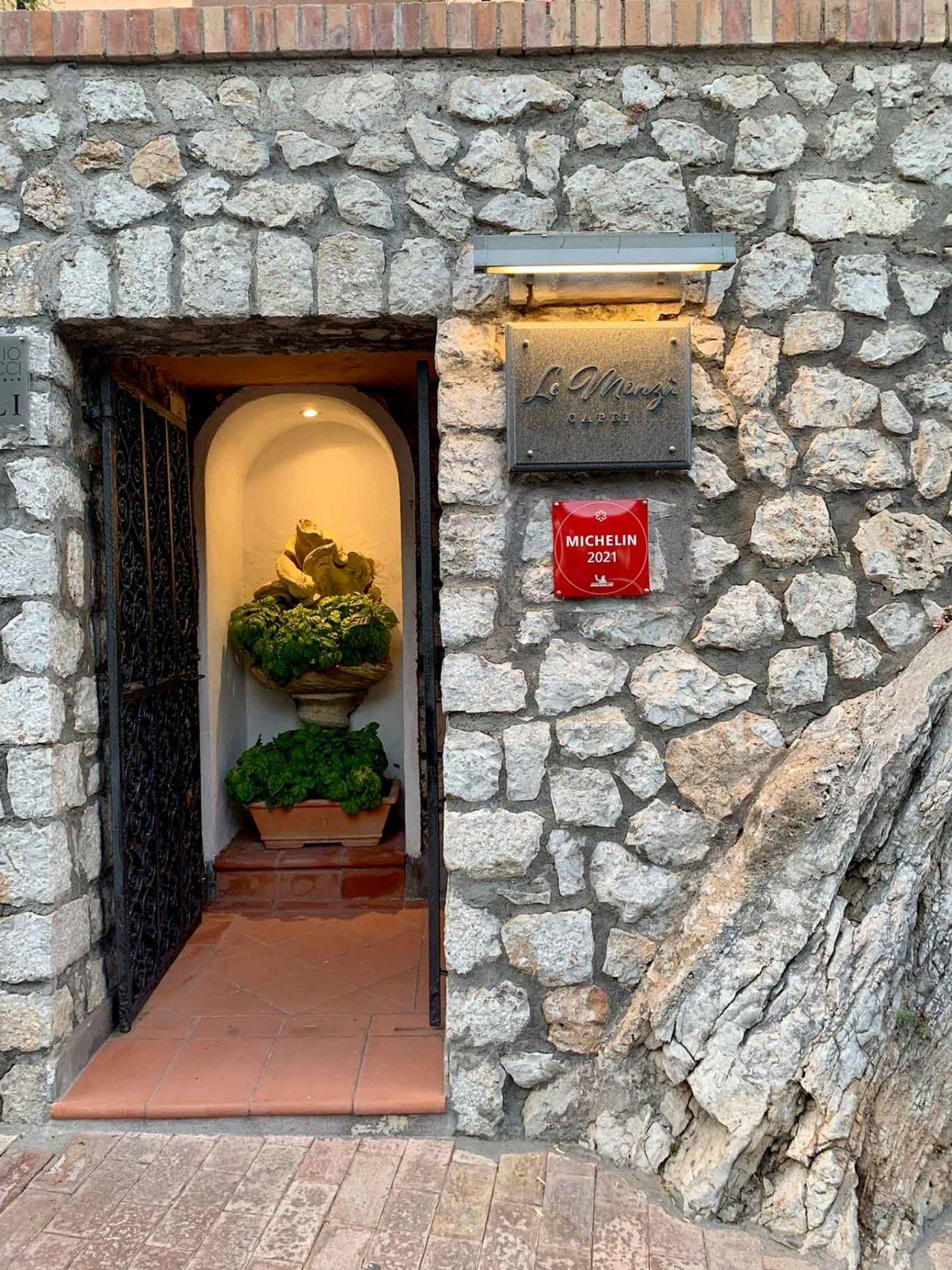ingresso ristorante Le Monzù Capri