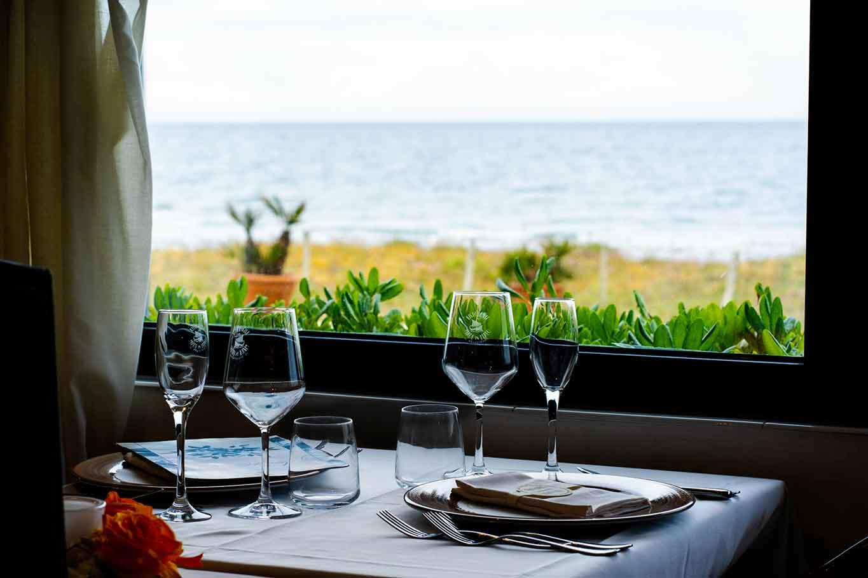 ristoranti sul mare di Latina tavolo vista