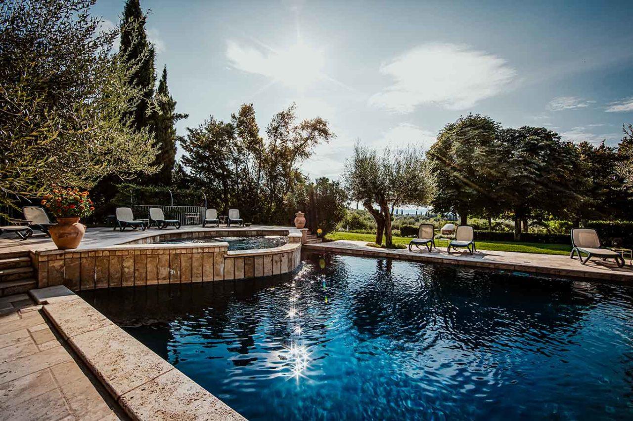 I Capricci di Merion ristorante Umbria piscina