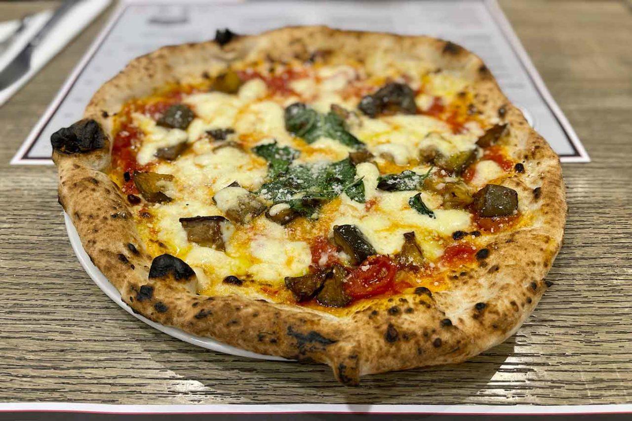 migliori pizze in estate: la provola e melanzane di Ciro Salvo