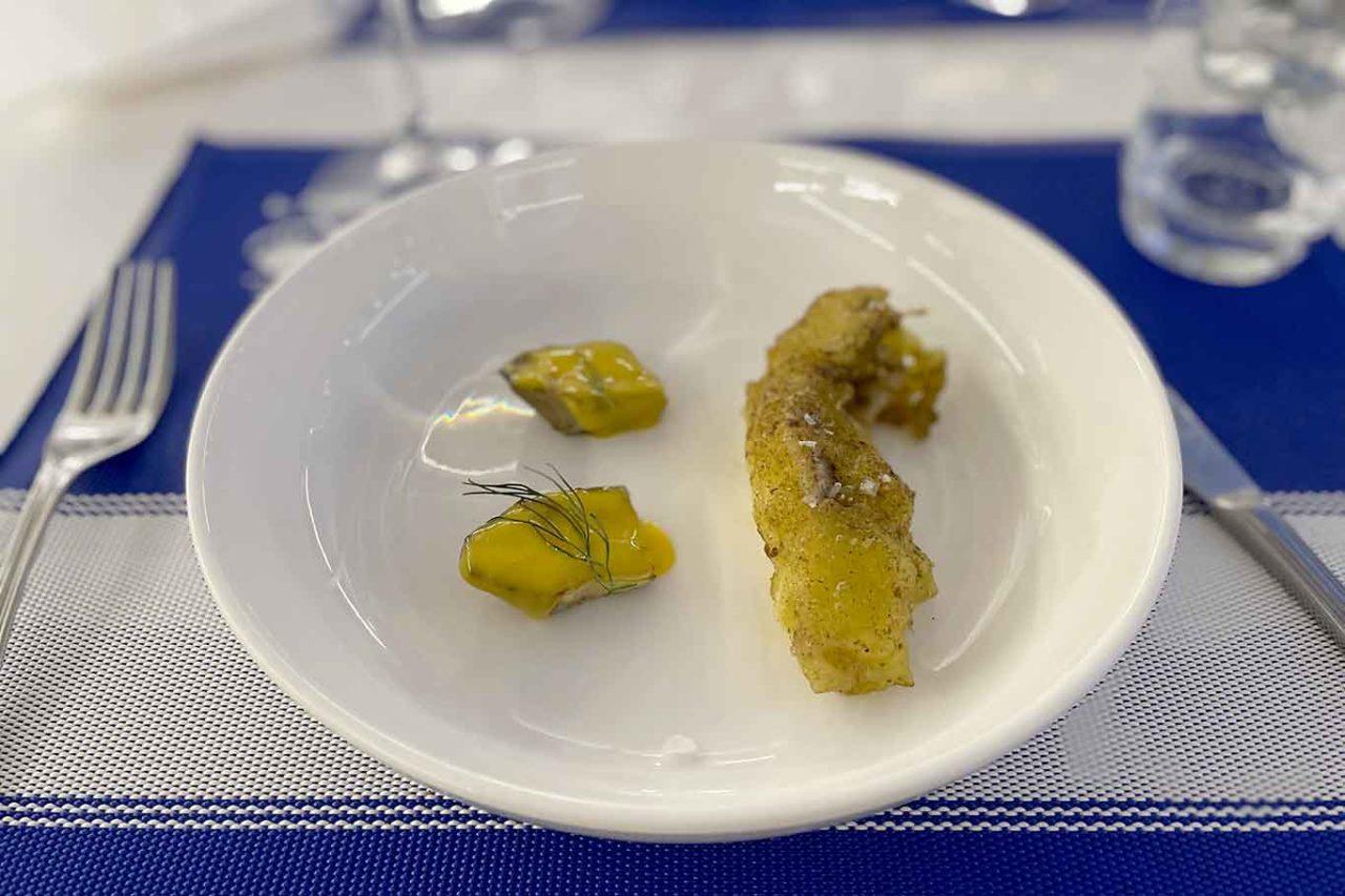 ristorante la Scialuppa da Salvatore a Fregene palombo alla mugnaia