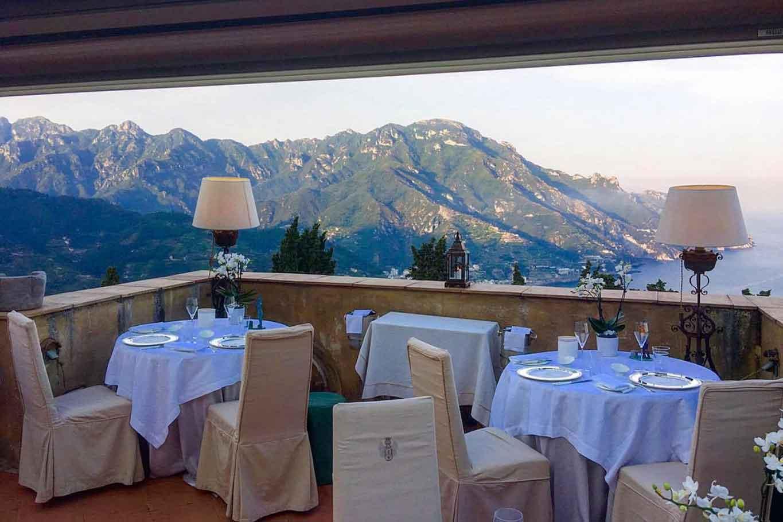 Flauto di Pan ristorante con terrazza in Costiera Amalfitana