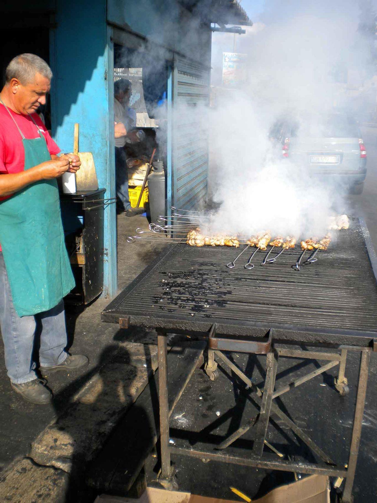 street food a Palermo: lo stigghiolaro