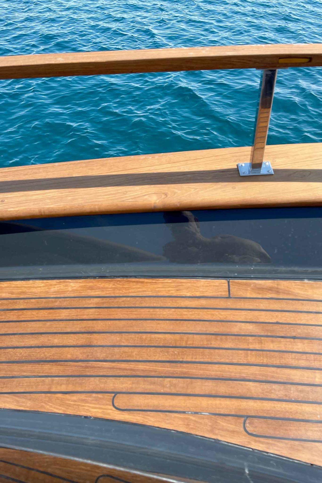 barca gozzo Leucosia