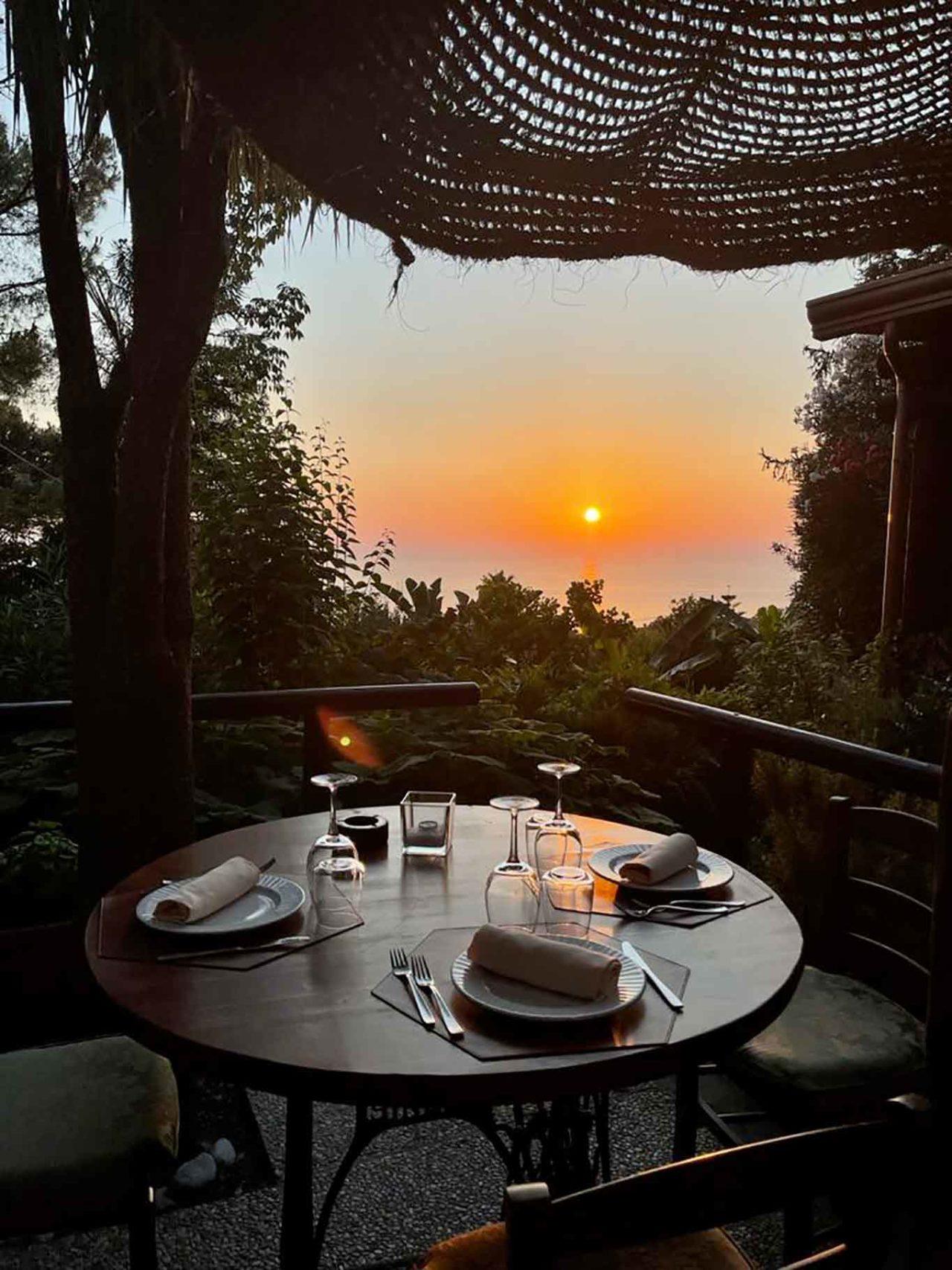 ristorante Montecorvo Forio Ischia tramonto