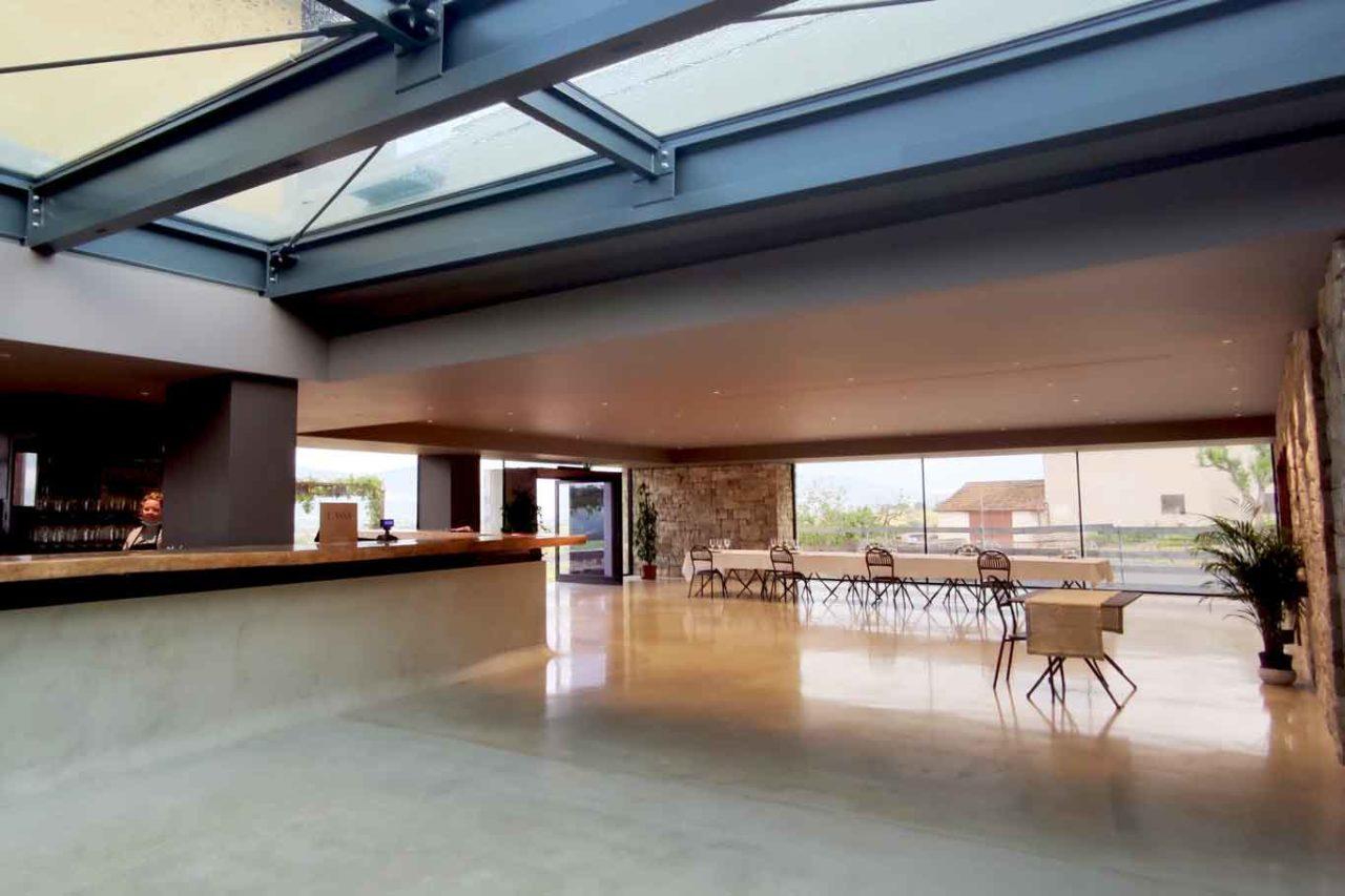 Sala della nuova cantina Tabarrini