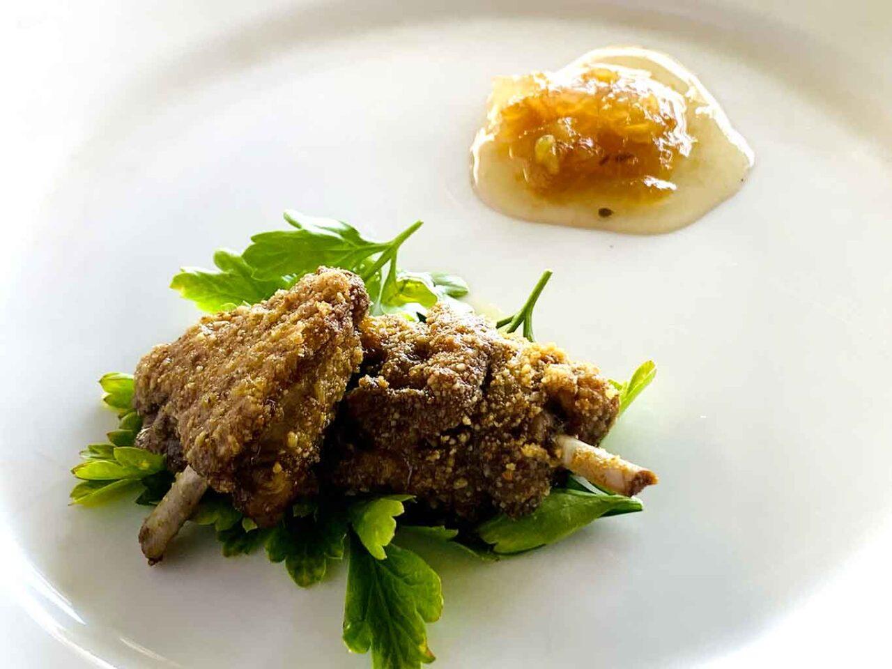 Osteria del Tarassaco Rivisondoli costolette agnello fritte