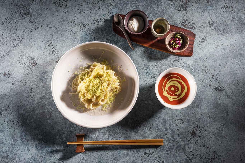 Spaghetti alla tsukemen al pomodoro ricetta Takeshi Iwai