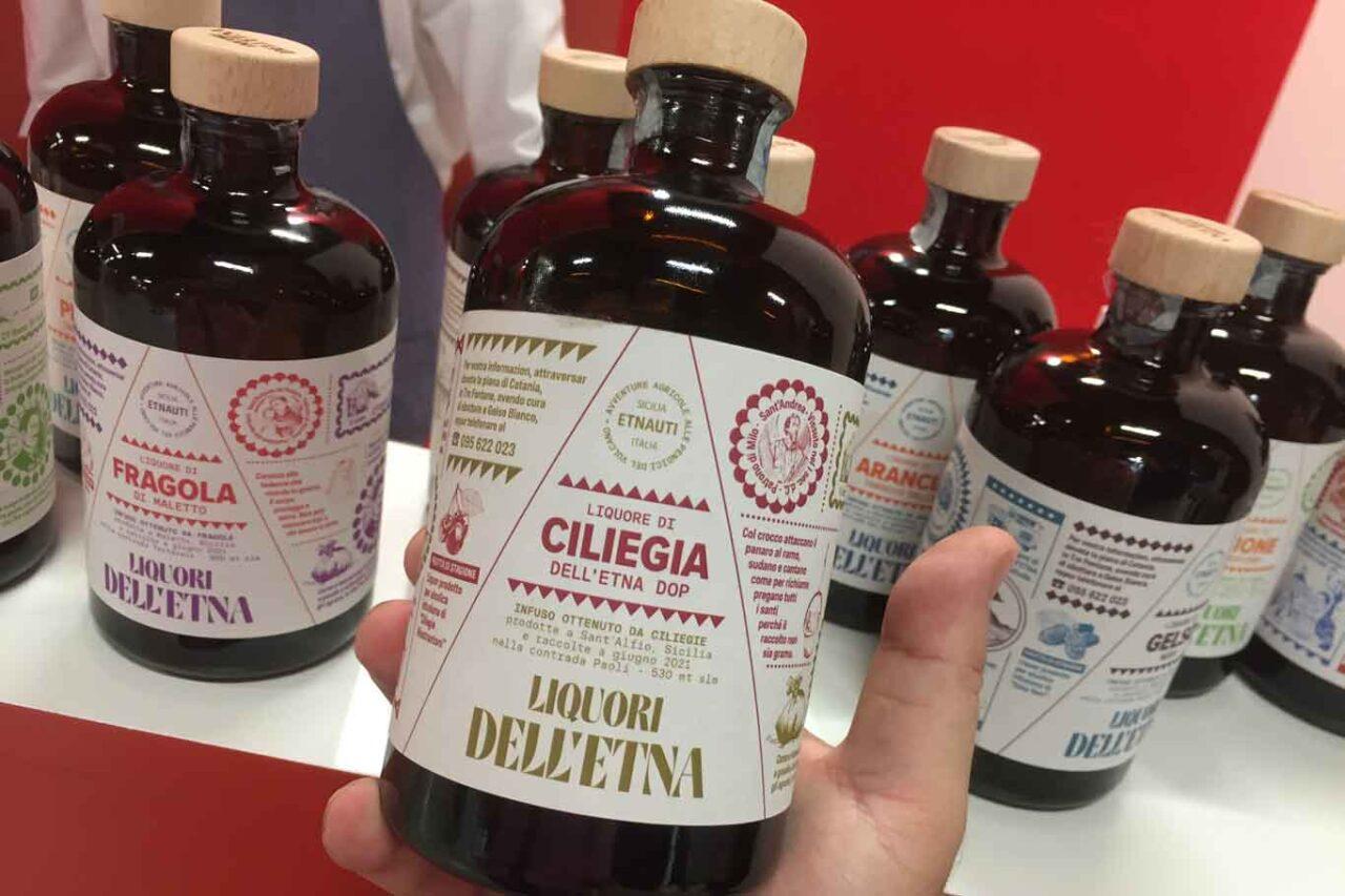 liquori etna ciliegia etichetta identita milano 2021