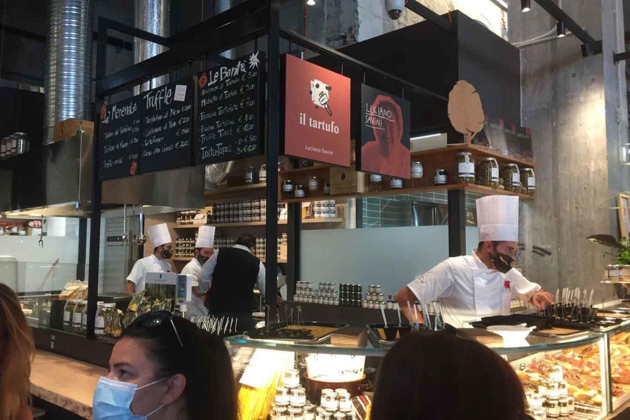 mercato centrale milano  savini tartufi