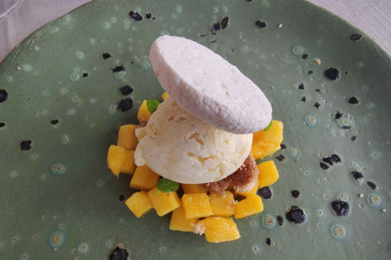 semfreddo al passion fruit e mango