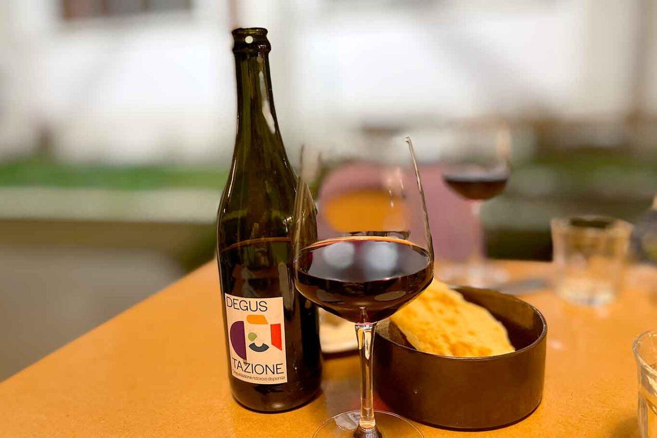 Degustazione ristoro e dispensa Milano vino biologico della casa
