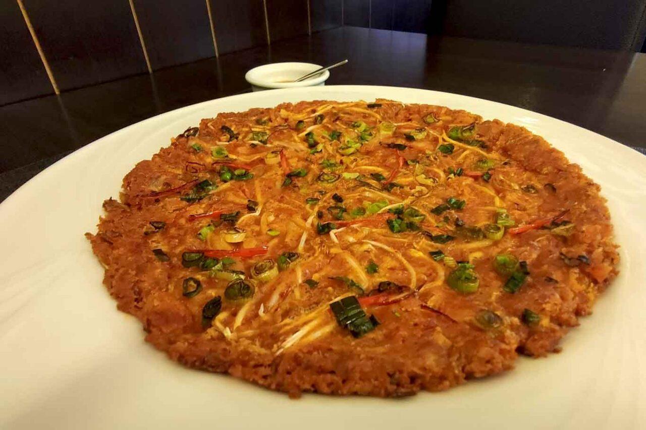ristorante coreano Gainna a Roma:  frittata di kimchi