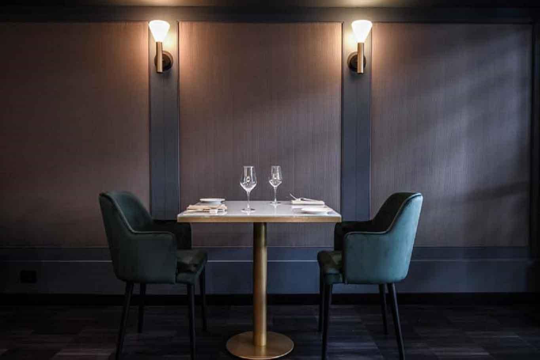 il vizio milano interno tavolo